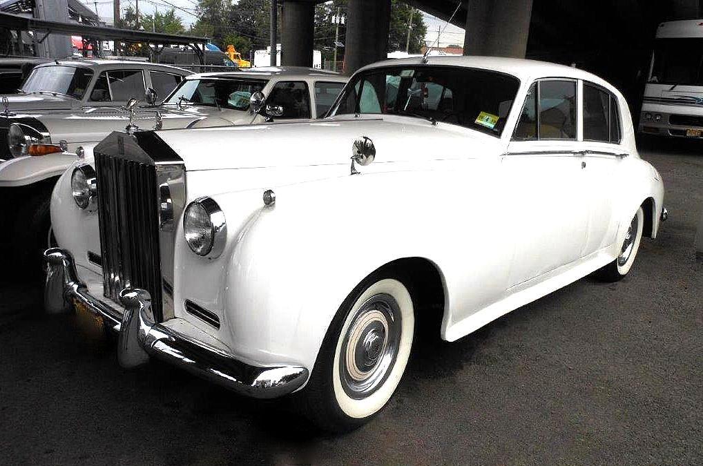 1960 ROLLS-ROYCE SILVER CLOUD II LIMO