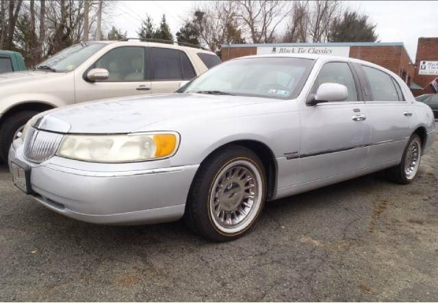 2001 lincoln town car cartier l for sale. Black Bedroom Furniture Sets. Home Design Ideas
