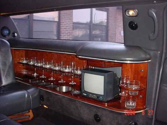 2003 LINCOLN LIMOUSINE 4