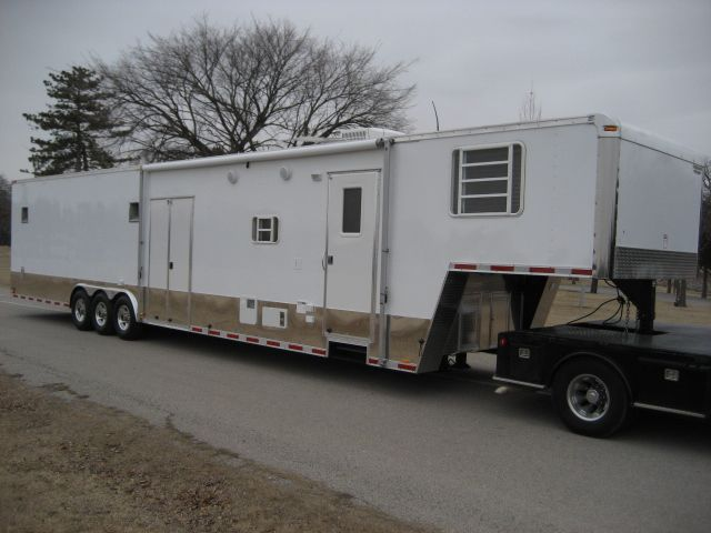 Enclosed Racing Trailer With Living Quarters For Sale Autabuy Com