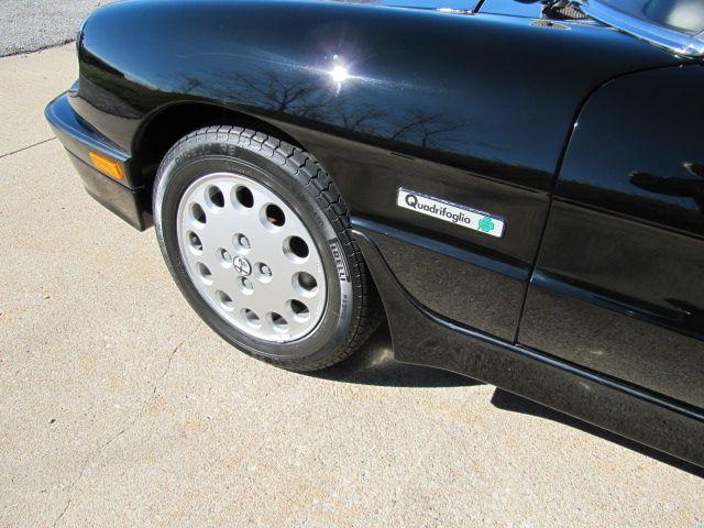 1988 ALFA ROMEO SPIDER 1 OWNER 27K MILES 7