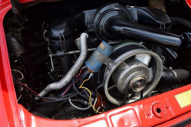 1969 PORSCHE 911 E COUPE 21