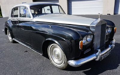 1963 Rolls-Royce RHD 4 DR. Sedan