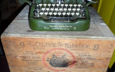 1912 Oliver Model 9 New OLD Stock Typewriter With BOX ETC.