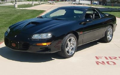 2002 Chevrolet Camaro SS 35TH Anniversary T-TOP Coupe
