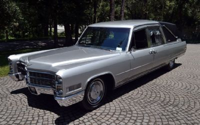 1966 Cadillac Crown Sovereign Funeral Coach Landau Hearse