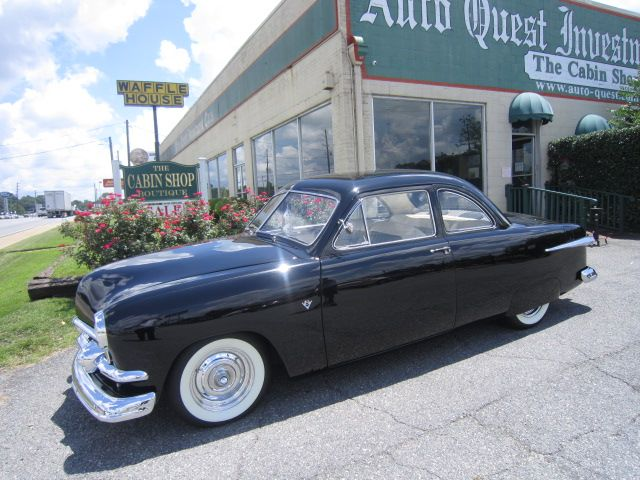 1951 FORD 2 DOOR BUSINESS COUPE (72C)