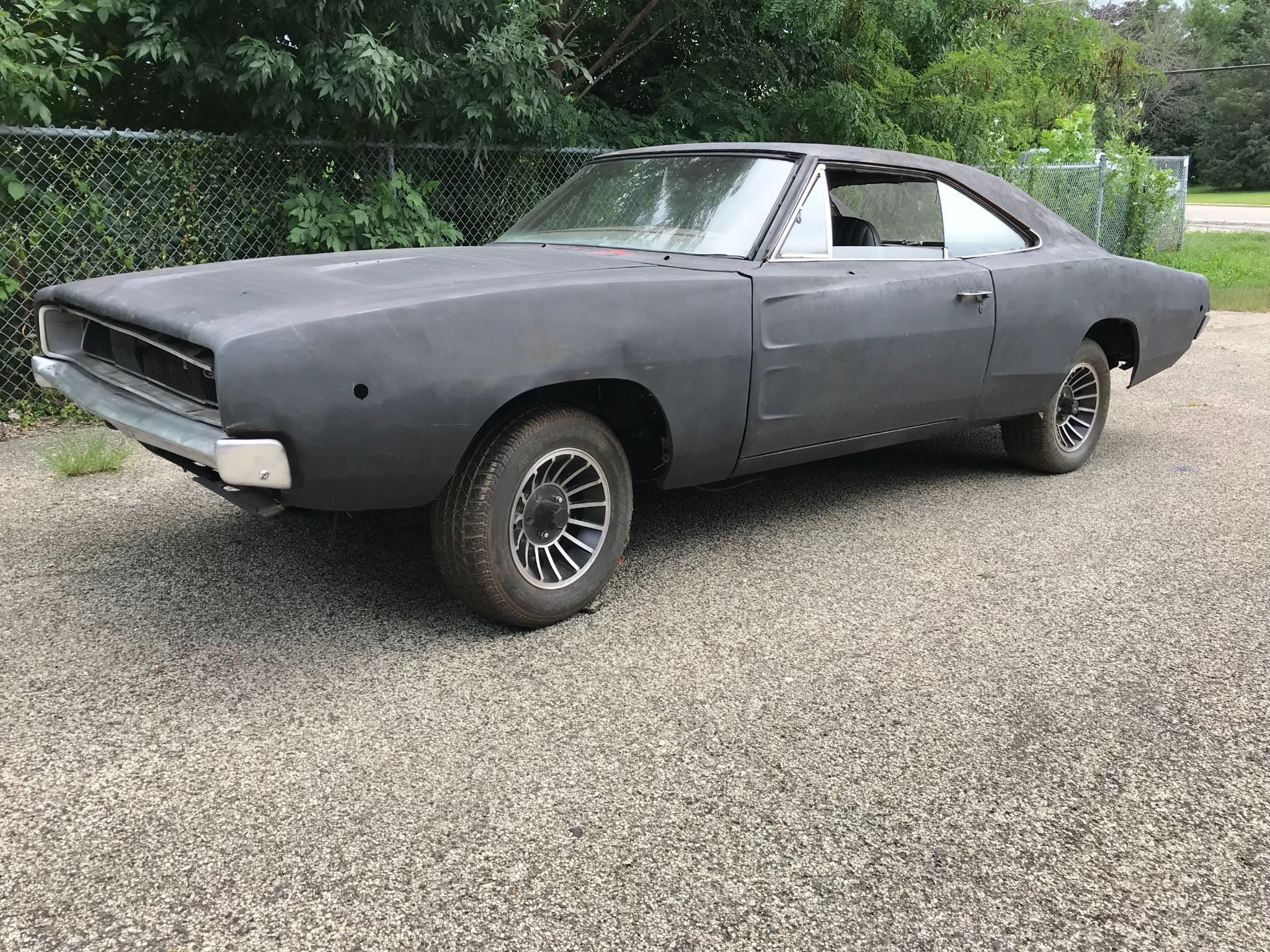 1968 CHARGER Image