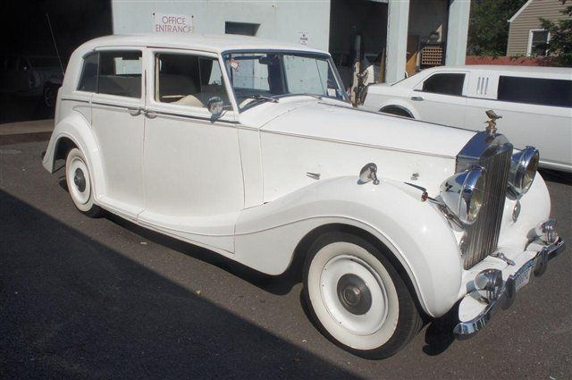 1948 ROLLS-ROYCE SILVER WRATH 17