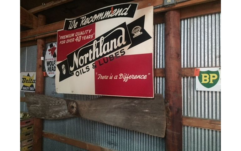 NORTHLAND OIL AND LUBE SIGN