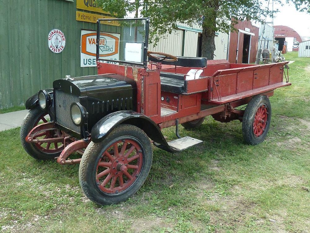 1917 MAXWELL TRUCK