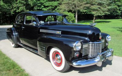 1941 Cadillac Series 62 Deluxe Touring Sedan