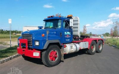 1994 Mack RD688S Day Cab