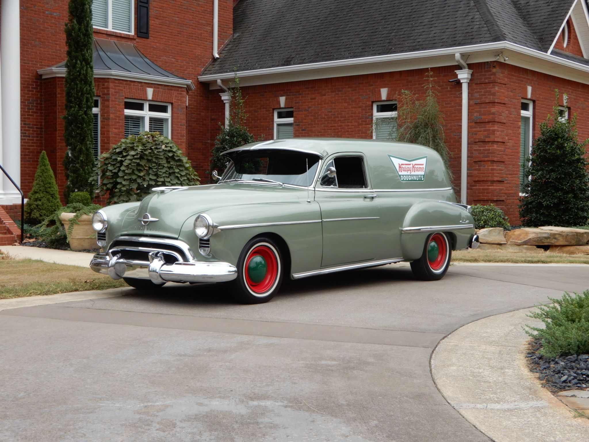 1949 OLDSMOBILE 88 SEDAN DELIVERY