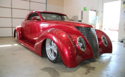 1937 Ford Custom 2 DR. Hardtop