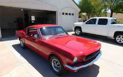 1965 Ford Mustang Fastback 2 DR.