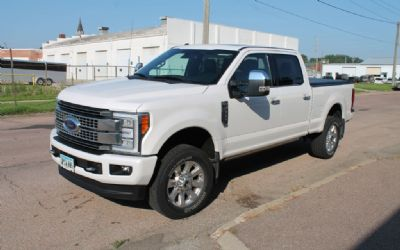 2017 Ford F-250 Platinum 3/4 Ton
