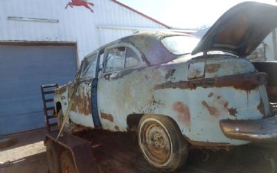 1951 Ford Deluxe 2 Dr Parts Car