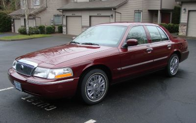 2005 Mercury Grand Marquis GS 4 DR. Sedan