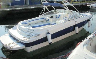 2005 Bayliner 249SD