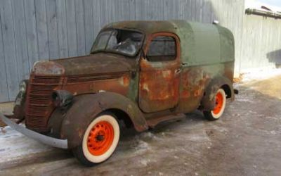 1939 International D-2 SWB 1/2 Ton Panel Truck