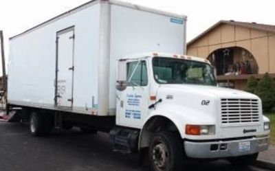 2001 International 4700-Box-Truck