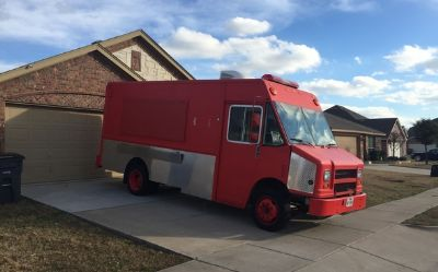2000 Freightliner Vn-Mt-45-Custom-Food-Truck