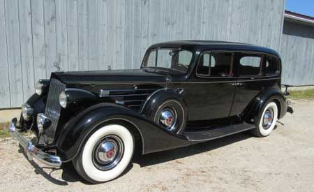 1937 Packard Model 1508 V12 limo 1