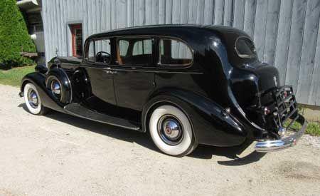 1937 Packard Model 1508 V12 limo 3