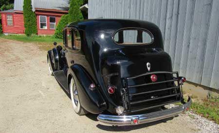 1937 Packard Model 1508 V12 limo 4