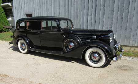 1937 Packard Model 1508 V12 limo 6