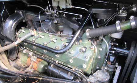 1937 Packard Model 1508 V12 limo 10