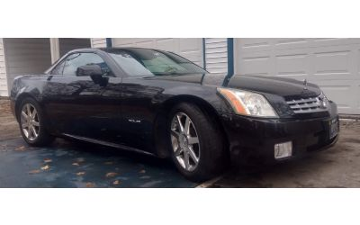 2004 Cadillac XLR Roadster Sport/Convertible