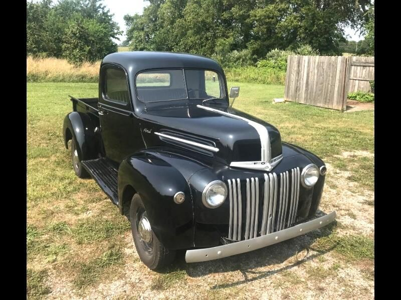 1942 Ford F-1